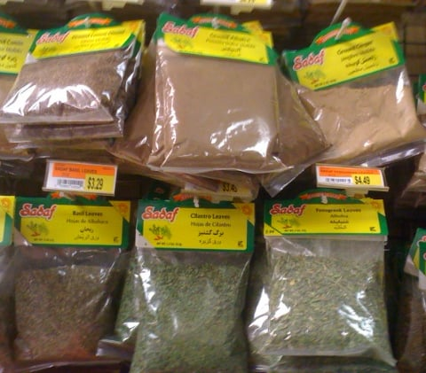 herbs-spices-saving money-inexpensive-buying food
