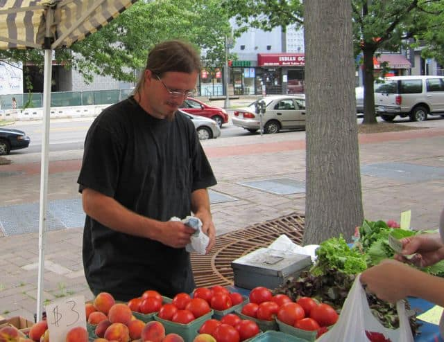 farmers' market, fruit, vegetables, produce, save money, inexpensive food, locally grown food