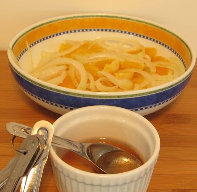 salad dressing, marinate, oranges, onion
