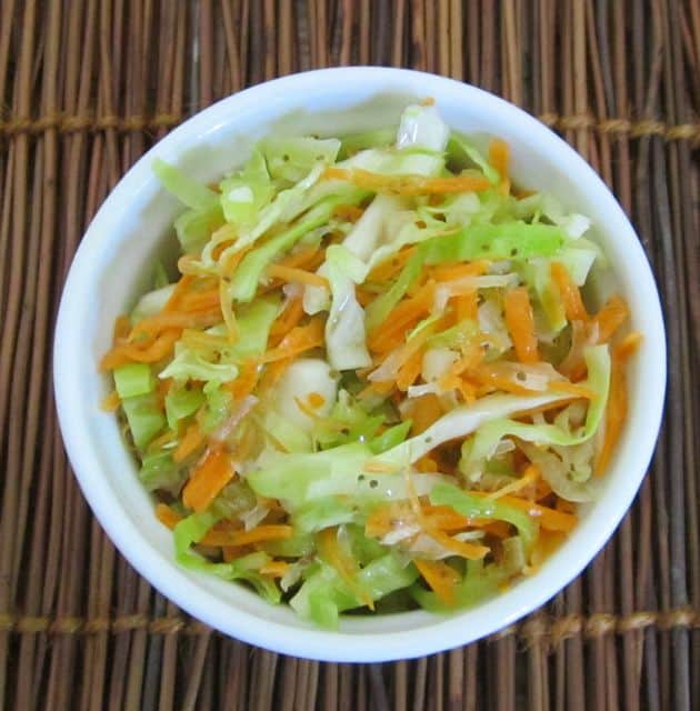 how to make easy homemade coleslaw