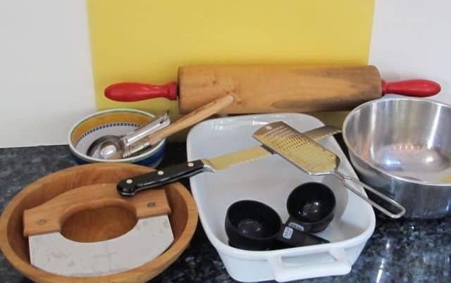 utensils and equipment for baking sweet rolls
