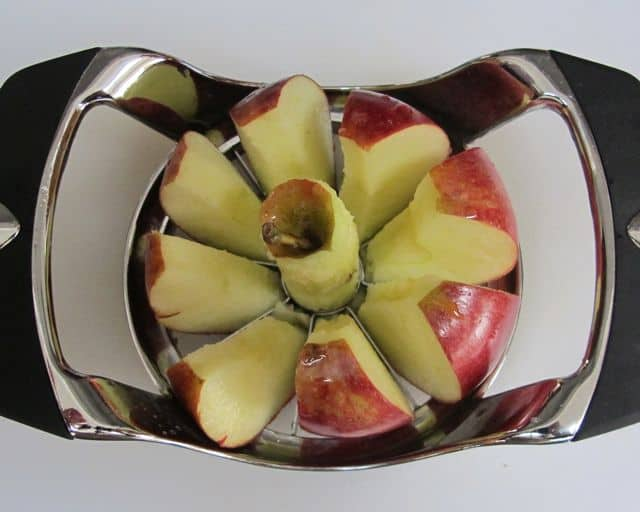 cutting apples for applesauce