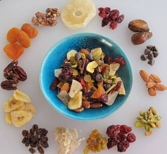 dried fruit, nuts, chocolate chips, trail mix, Super Bowl snacks