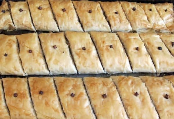 baking baklava pastry
