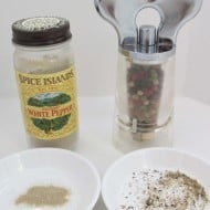 Difference Between White and Black Pepper
