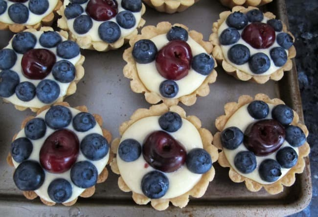 blueberry & cherry tartlet ready to eat