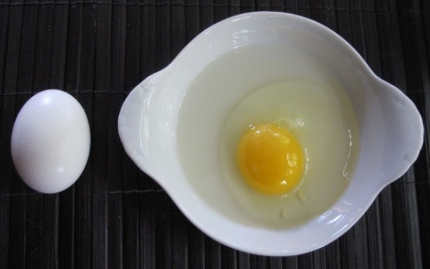 eggs whole & broken, how to separate an egg