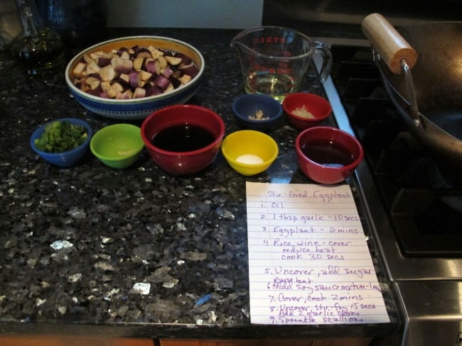 preparing garlic eggplant