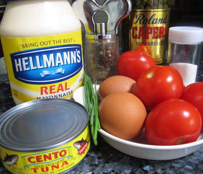 ingredients for tuna-stuffed tomatoes
