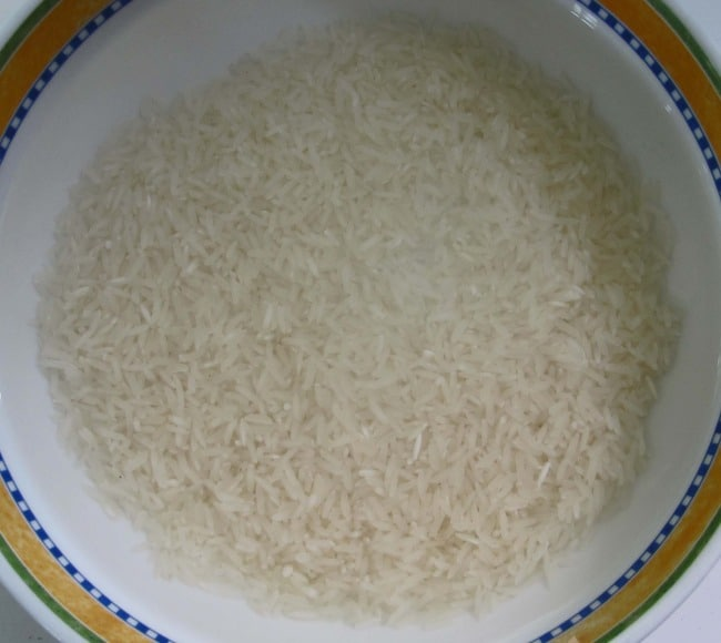 washing rice