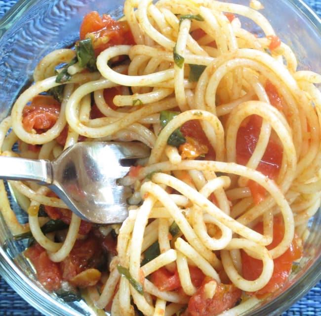 pasta-and-homemade tomato-sauce