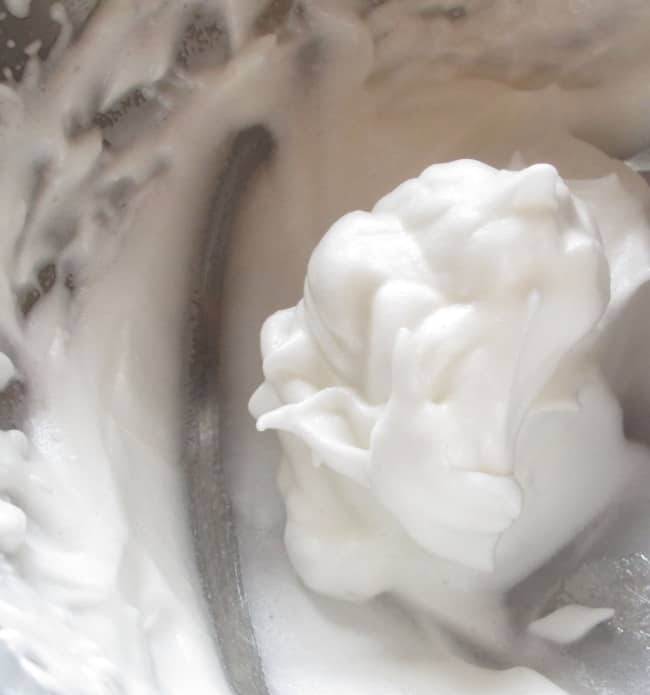whipping-pasteurized-egg-white-experiment