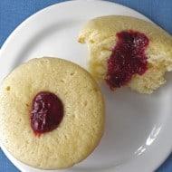 "Valentine's Day Raspberry ""Poke Cake"" Cupcakes"