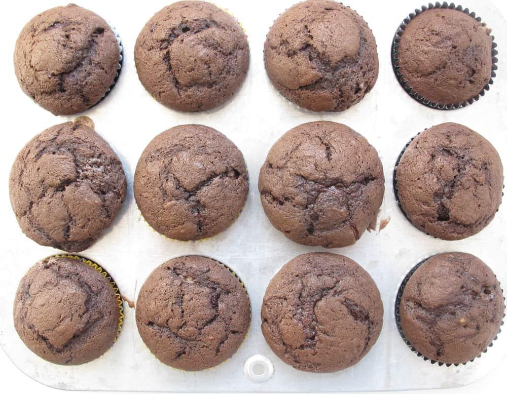 chocolate banana cupcakes done in the cupcake pan