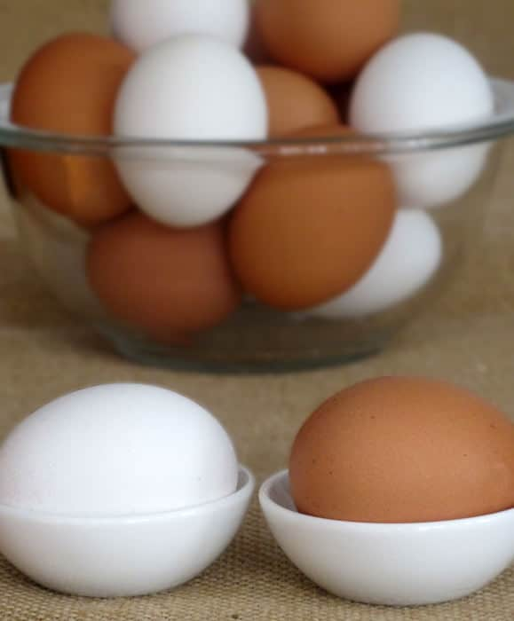 Brown and white eggs compared | Mother Would Know