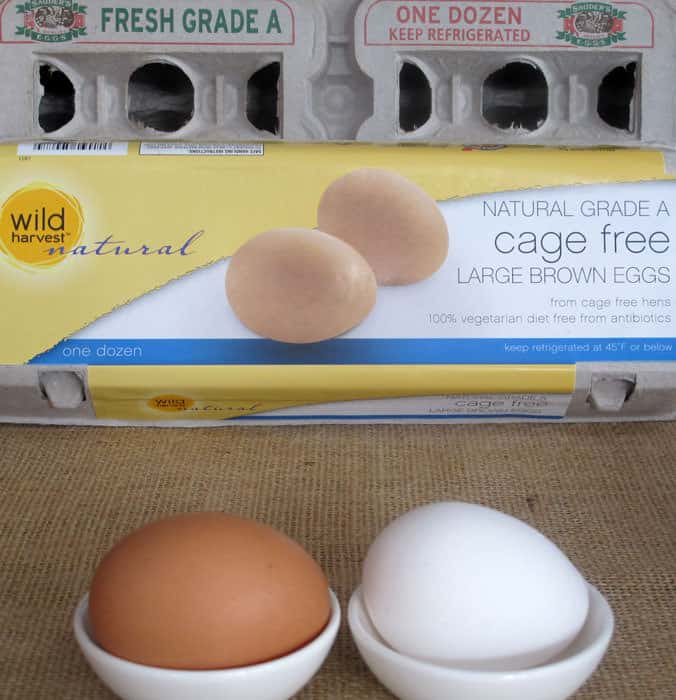 "Do you buy brown or white, cage-free or ""regular"" eggs? What do those choices matter? Egg myths busted 