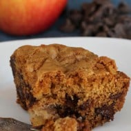 Apple Chocolate Chip Cake