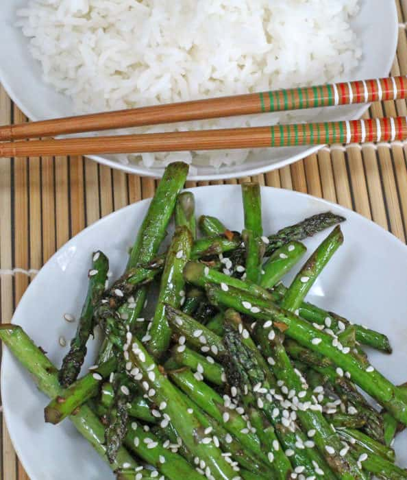 Stir-fried asparagus with ginger and sesame, so easy and tasty | Mother Would Know
