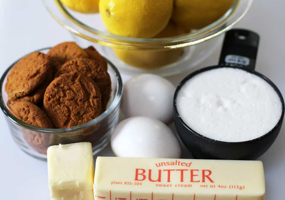 The 5 ingredients for gingersnap mini lemon curd tarts are common pantry items.