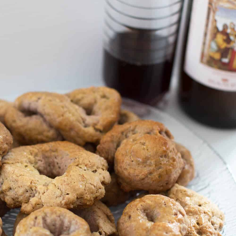 These Italian wine biscuits are made with Chianti, perfect for sipping and dunking them intoo! Mother Would Know