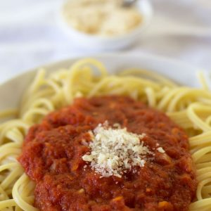 Simple Canned Tomato Pasta Sauce