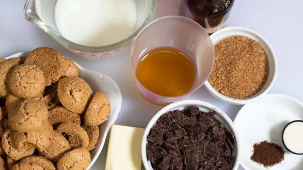 Ingredients for Single Serving Amaretti Trifle