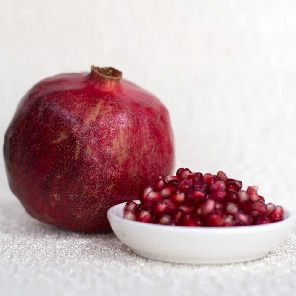 Best Way to Juice a Pomegranate by Hand