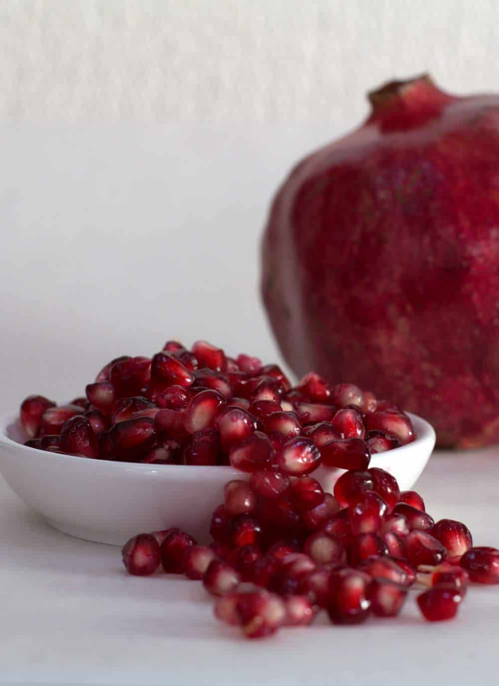 Best way to juice a pomegranate by hand. Let Mother Would Know show you how, with video and text tips.