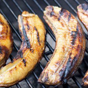 Easy Rum-Glazed Grilled Bananas