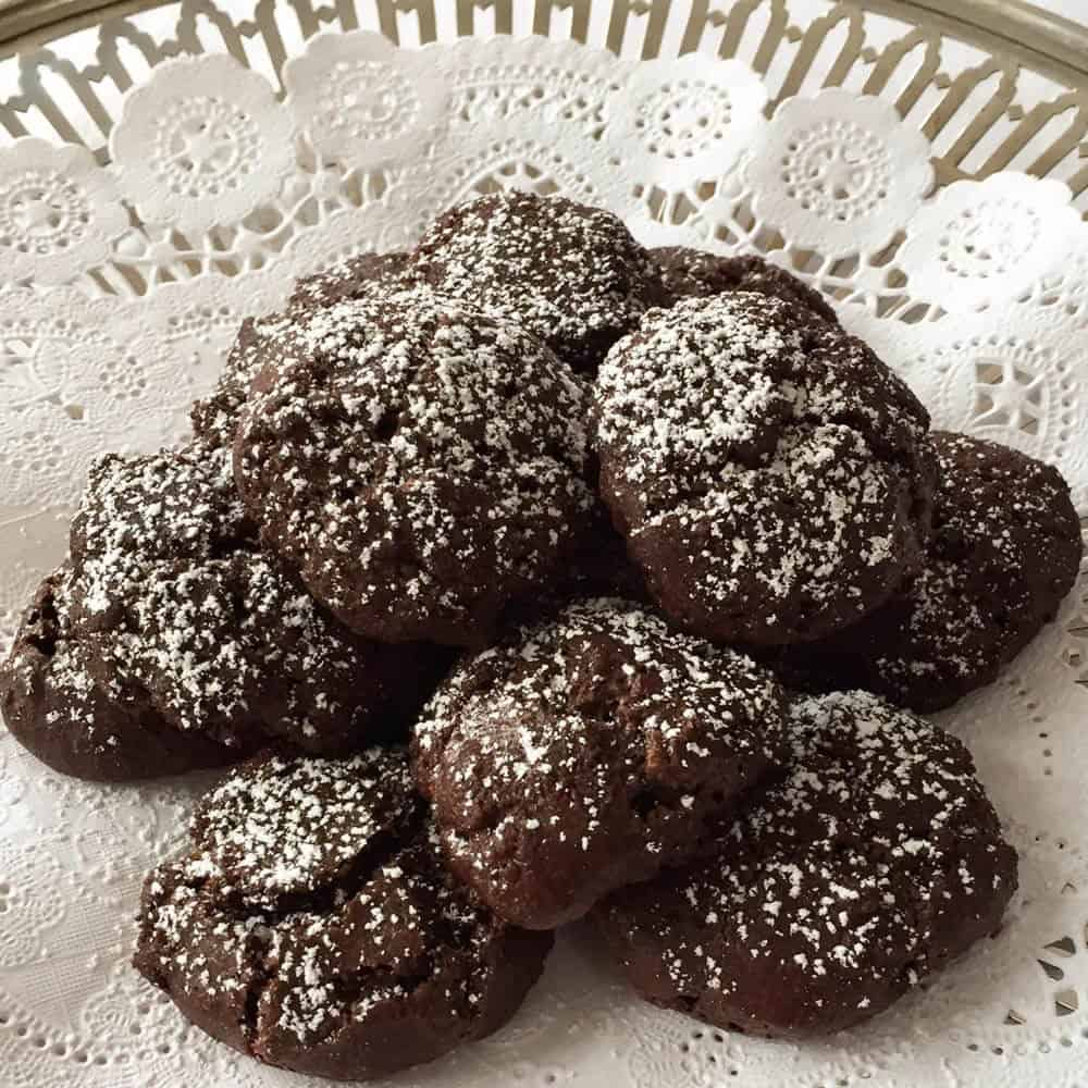 18th Century Crispy Intensely Chocolate Cookies on a silver plate | Mother Would Know