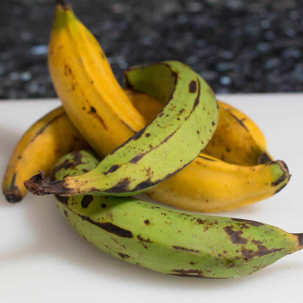 Green and yellow plantains - use green for patacones.